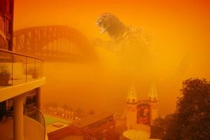 Sydney_Duststorm_Godzilla